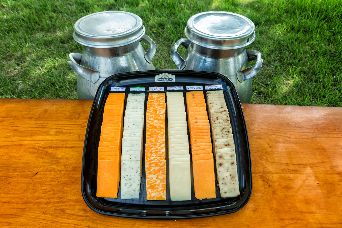 Our Cheese tray comes in a variety of 6 chesses sliced or cubed,